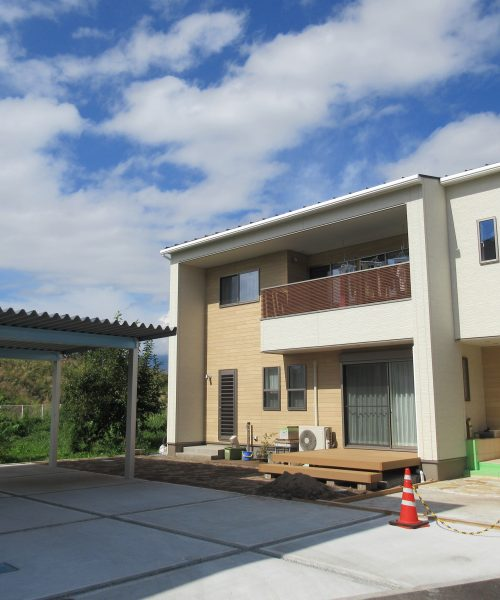 No. 36 : 佐久市長土呂の分譲地に佇む家 Ⅴ